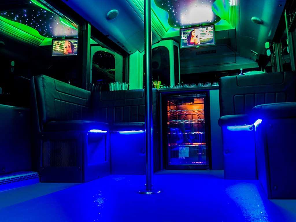 partybusz bárpult