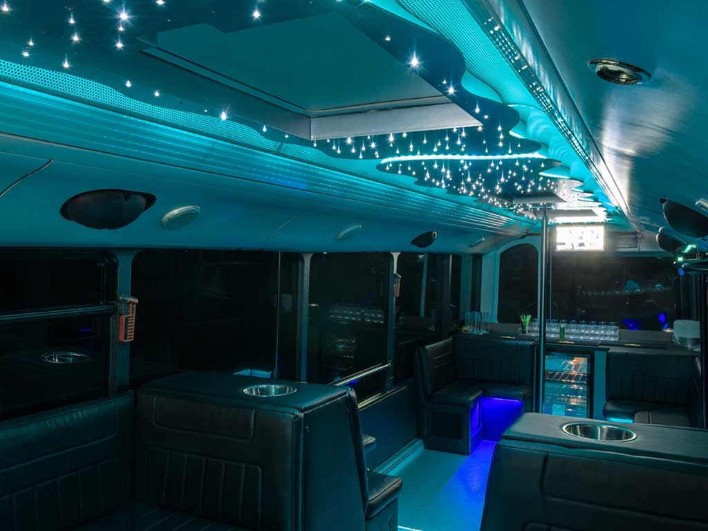 partybusz-belso-kep-30-fos-neoplan-partybusz-eveningstar-partybus